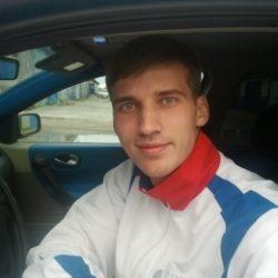 Симпатичный парень ищет девушку из Новосибирска для секса без обязательств.