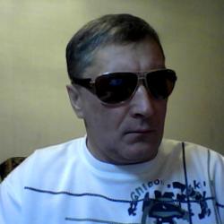 Парень из Новосибирска. Ищу девушку, которая сделает минет в обмен на куни