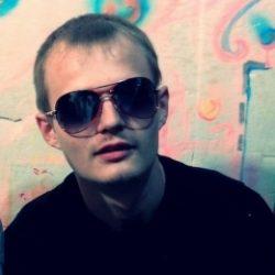 Пара из Новосибирска ищет девушку для жмж, желательно би и брюнетку