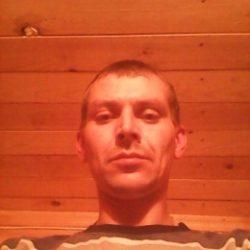 Парень из Новосибирска, ищу девушку для первого секса