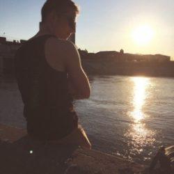 Парень ищет симпатичную девушку для встреч без обязательств и комерции в Новосибирске