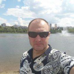 Парень. Ищу девушку в Новосибирске для секса, худенькую и красивую